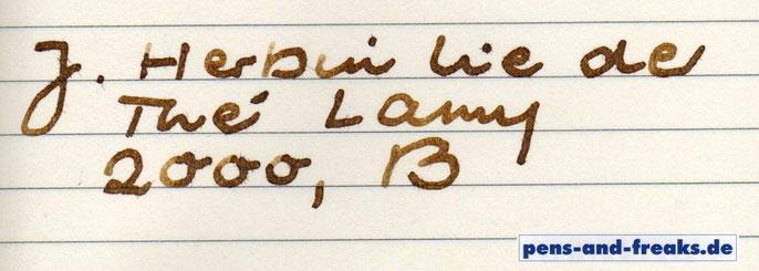 Lamy 2000, B auf Moleskine mit der typischen Fiederung dieses Papiers, aber schöne Farbkombi