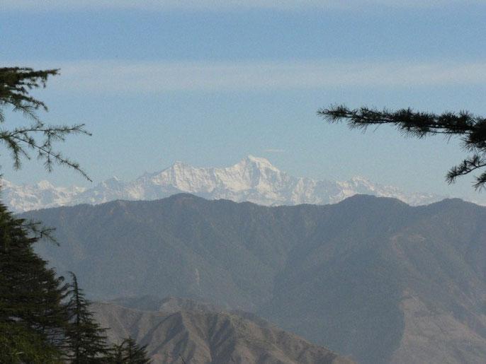 Vu sur le Nanda Devi qui culmine à 7817 m depuis Mussoorie. L'ascension ca sera pas pour aujourd'hui...