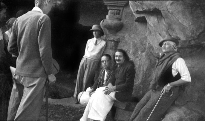MSI Collection ; Nasik Caves, India 1937 - Garrett sitting next to Baba