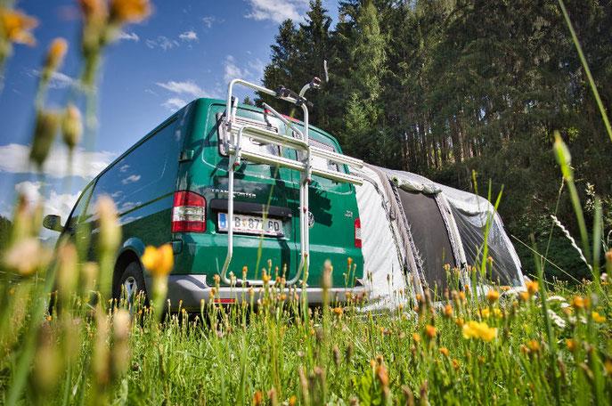 Aufblasbares Vorzelt für den VW Bus oder Campervan
