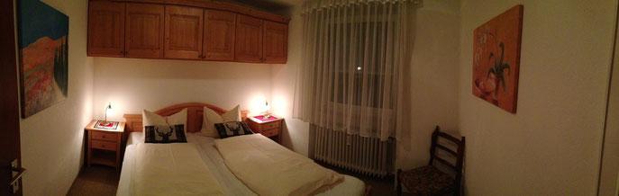 Panoramabild vom Schlafzimmer