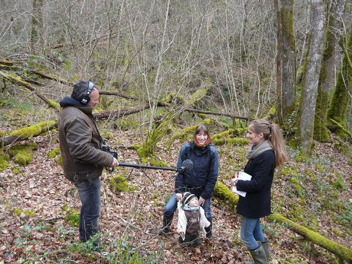 Les journalistes de france culture en pleine interview de Susanne BRAUN cogérante du groupement forestier Avenir Forêt.