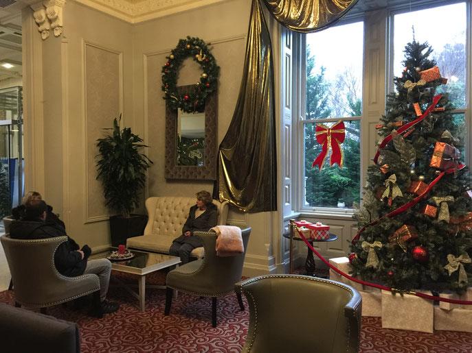 Nous voici à l'hôtel Bonnington de DUBLIN. Magnifique.