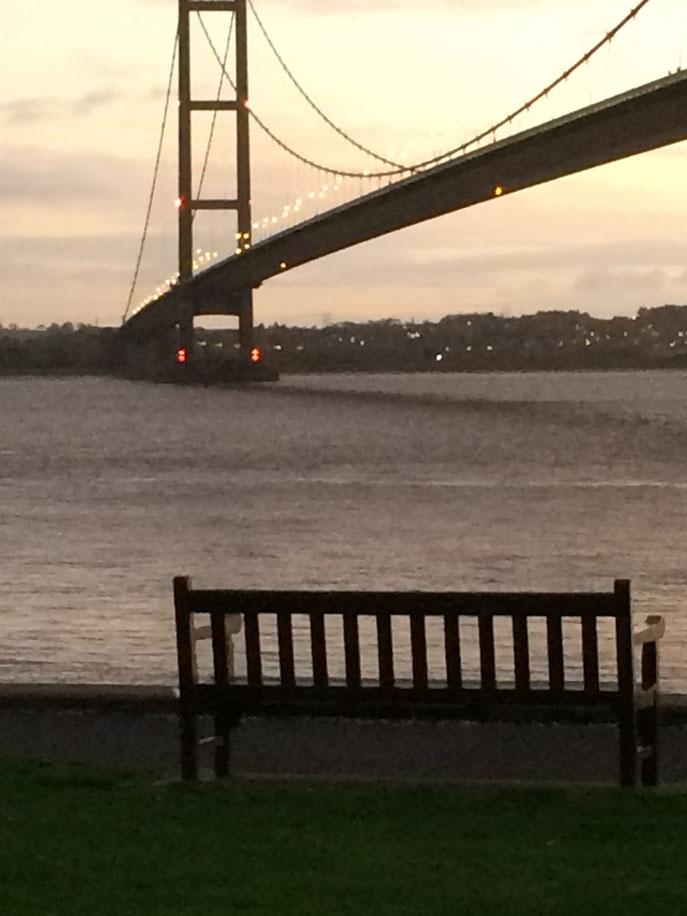 Magnifique coucher de soleil près du pont de Hamber Bridge.