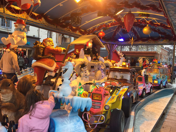 Marché : la magie de Noël pour les petits et les grands.