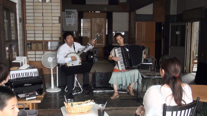 Accordion展示会