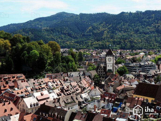 """Fribourg-en-Brisgau (Allemagne) où vécut l'auteur de 1970 à 1972 et qui est à l'honneur en fin de l'e-book """"Pour Vivre plus Vivant""""."""