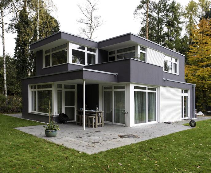 Einfamilienhaus im Bauhausstil Buchholz in der Nordheide