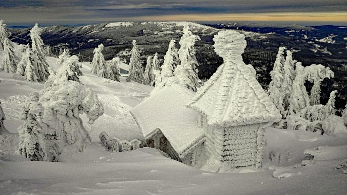 Winterblick: Von der Arberkapelle zum Zwecheck