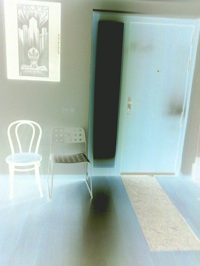 vestibulo dos sillas.