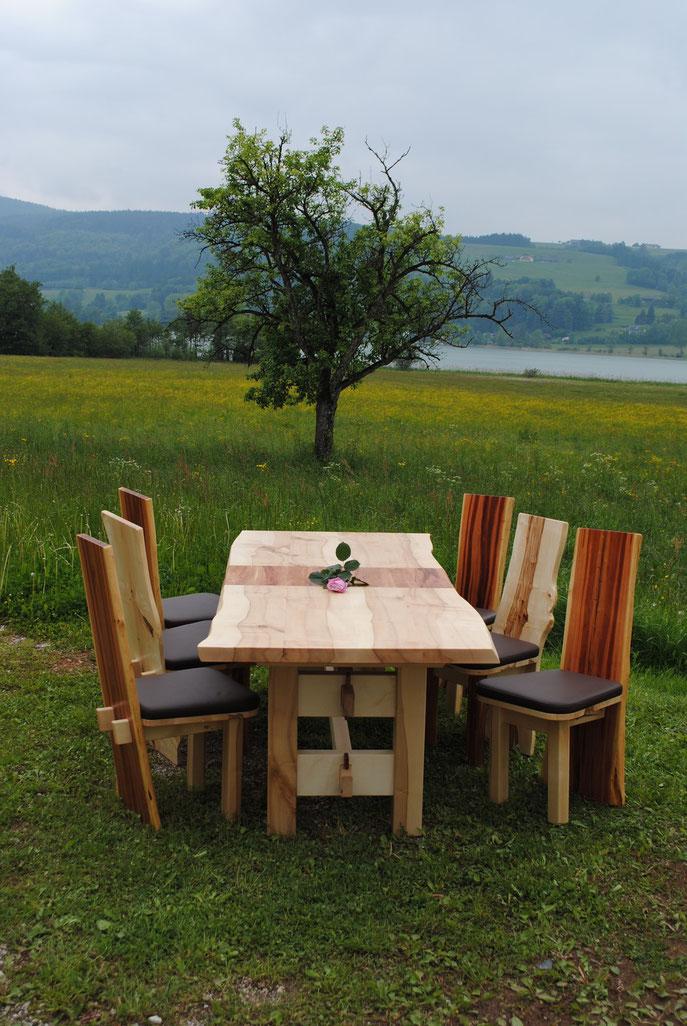 Designer Tisch Kernahorn mit Zwetschke