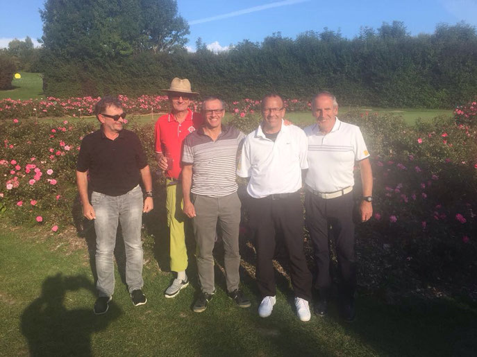von links: Volker Brändle, Wolf-Dieter Baumann, Alfred Michelberger, Jürgen Schaich und Kapitän Horst Schäfer. Nicht im Bild ist Hans Kittelberger - © Golfclub Reutlingen-Sonnenbühl e.V.