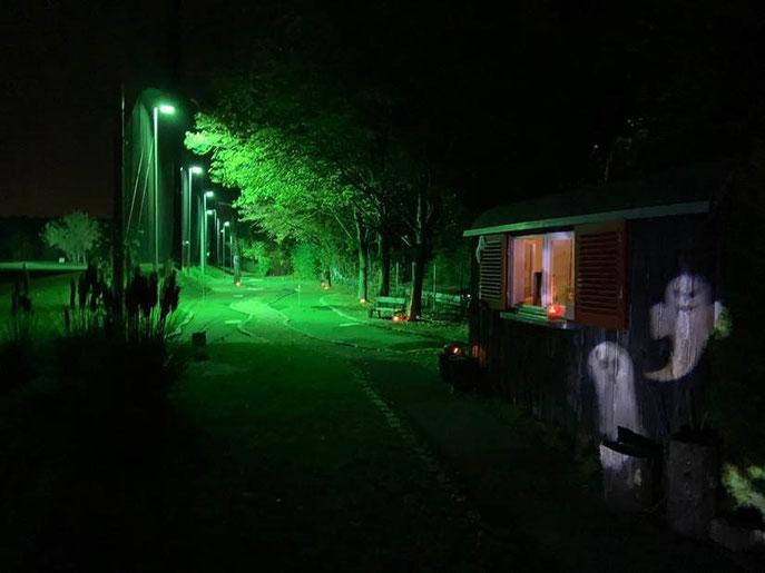 """""""Spooky"""" präsentierte sich die Putt-Anlage """"Little Augusta"""" zum Halloween-Turnier - © GolfKultur Stuttgart"""