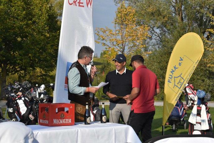 Sieger-Ehrung beim 6. Volksfest Golf-Cup presented by 0711 GOLF CREW e.V. - © Stefan Kunz