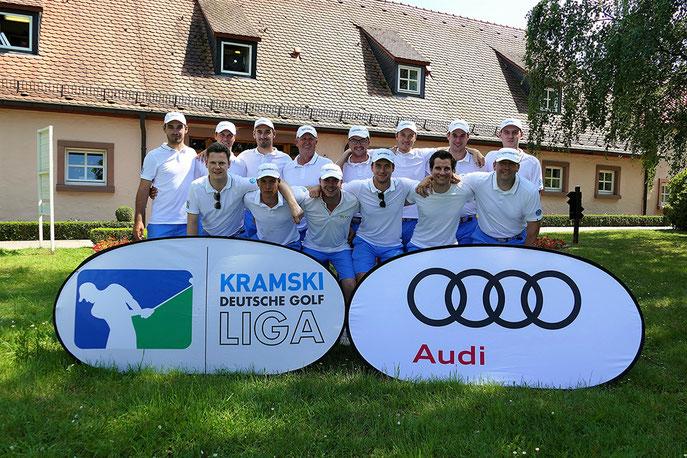 Stuttgarter Jubel nach dem dritten Sieg am dritten Spieltag - © DGV/Kirmaier