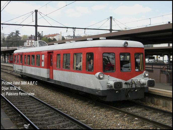 X 3886 livrée ARE