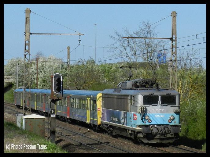 BB 25686 et sa RRR 11 BEAUNE Nord .