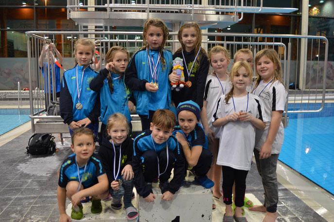 Siegerehrung Staffeln Jg. 2012-13