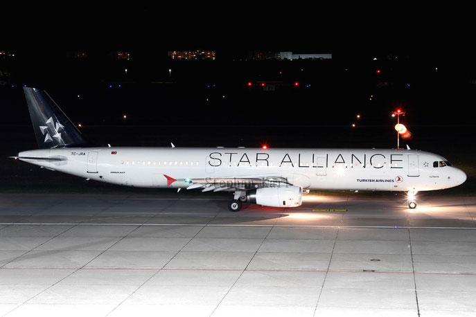Turkish Airlines A321 TC-JRA