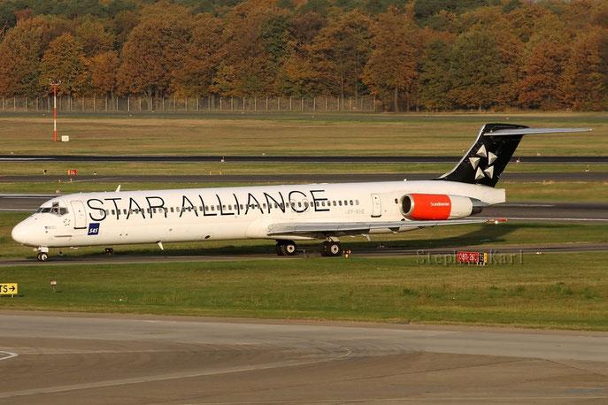 SAS MD-82 OY-KHE