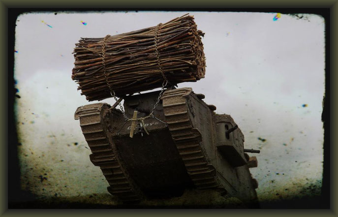 "Fascine, Mk.IV ""Female"" Tank, Emhar, Diorama 1:35"
