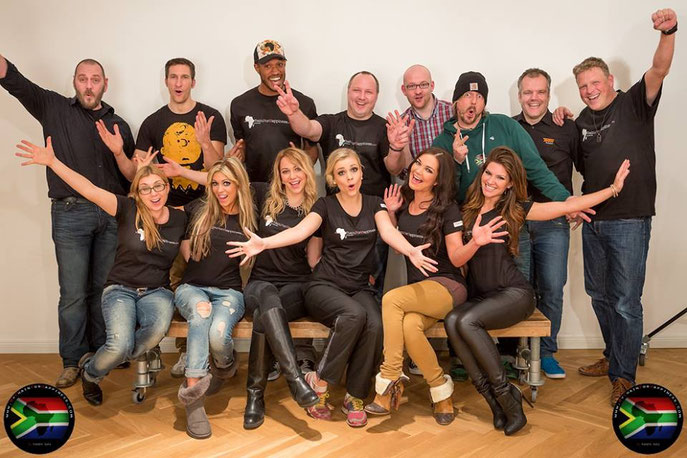 "Das geniale Team zum Charity-Workshop für ""MyChainForHappiness"""