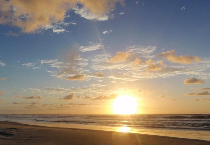 Sunrise, Seventy-Five Mile Beach, Fraser Island, Australia