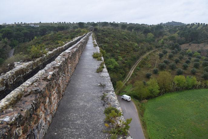 Acueducto de los Pegões, Tomar, Portugal, Roman ruins