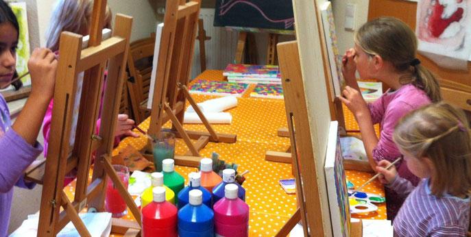 Die Welt ist bunt ... unsere Bilder auch. Atelier Flitzepinsel in Viersen.