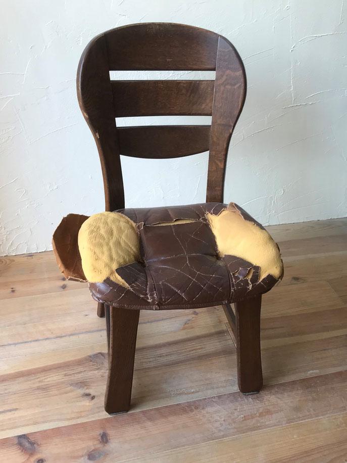 イスの修理 肘掛け椅子 座面張替え前