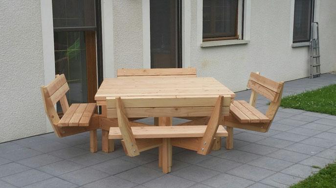 Table 4 bancs carrée Confort - table de jardin pas cher