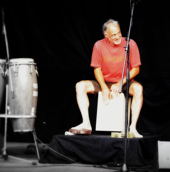 Dieter Kramer    Percussion, Harp  / OpenAir-Bühne, Kreml-Zollhaus