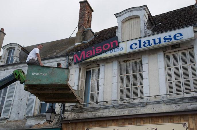 Maison Clause