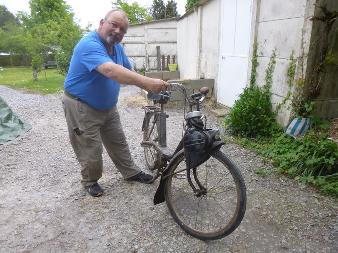 Jean Ducamping a trouvé le Solex pour La Maria Bodin pour l'inauguration du 8 juin 2014