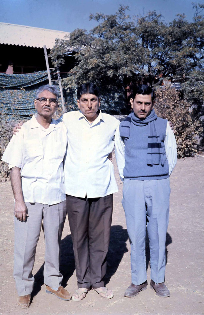 Amatithi 1975 ; Eruch Jessawala (L) Elcha (Middle), Meherwan Jessawala(R) - photo taken by Anthony Zois