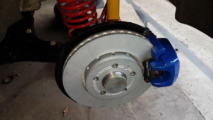 Bremsattel montiert
