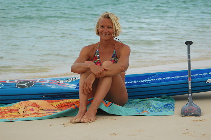 sonni hönscheid, artist and pro standup paddle athlete, north shore fuerteventura, sylt and maui