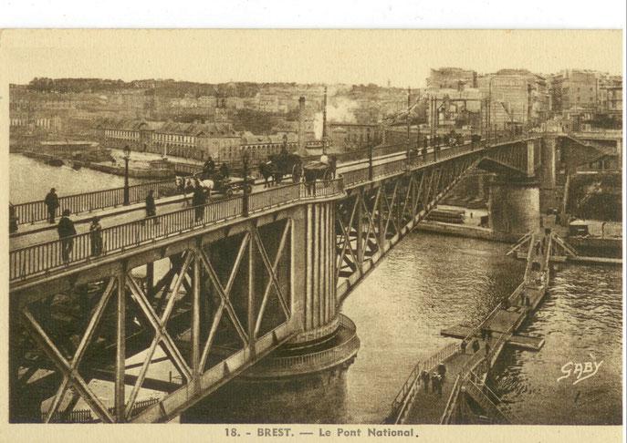 Vue plongeante sur le pont Gueydon
