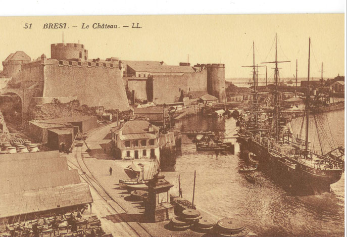 Zone d'activité à proximité du château