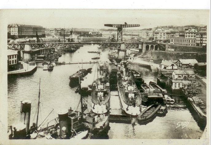 Brest Port de Guerre et Pont National