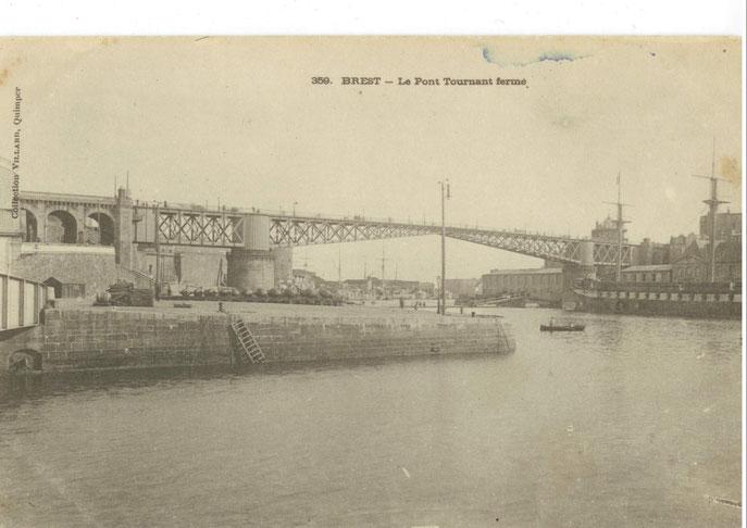 Les quais et acces pont rive gauche