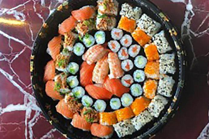 Sakura Spezial Sushi für 2 Personen