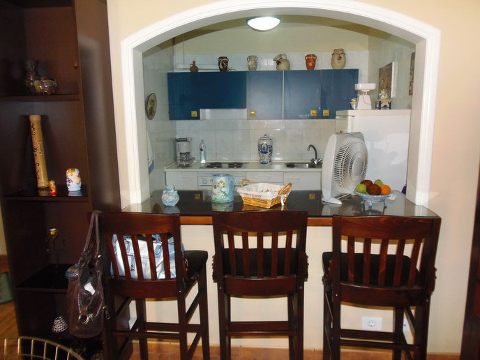 Küche mit Thresen