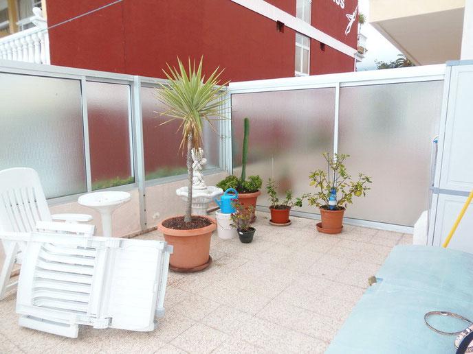 2. Terrasse hinten
