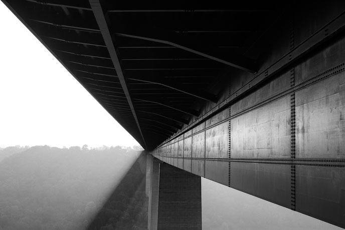 Moseltalbrücke, bridge over mosel, unterhalb der Brücke, bridge from below