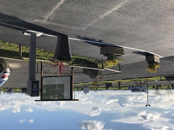 Panneau d'accueil de l'aire de camping-car/camping à la ferme de La Bidonnière à Ardevon