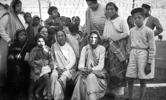 MSI Collection ; Nasik, India 1937 - seated on the right of Shireen Irani & Kitty Davy