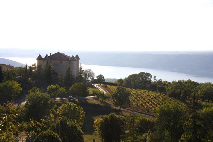 Bild: Blick von Aiguines auf den Lac de Sainte Croix