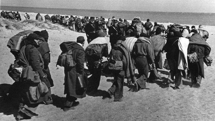Marts 1939: Republikanske flygtninge på vej til Frankrig efter nederlaget