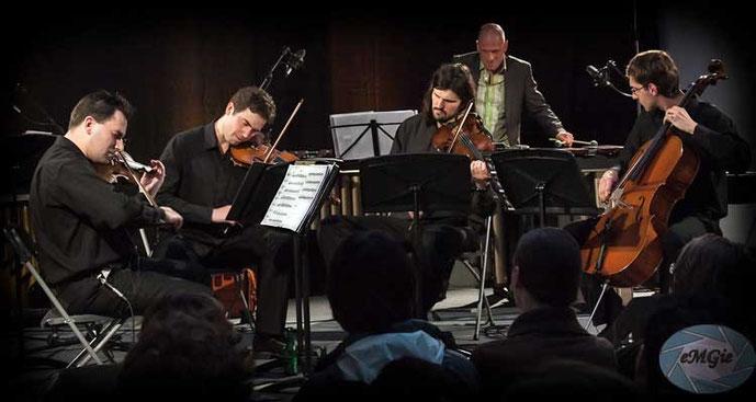 Atom String Quartet oraz Rupert Stamm - wibrafon